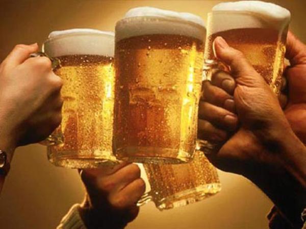 Giu00fap bu1ea1n giu1ea3i ru01b0u1ee3u bia trong ngu00e0y Tu1ebft