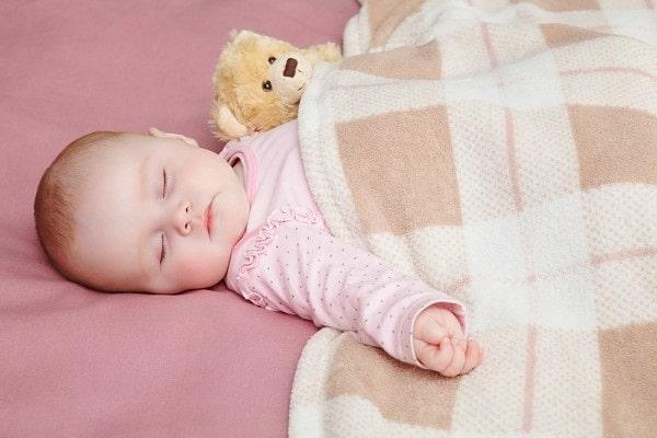 Những đồ dùng mùa đông của bé sơ sinh mẹ không thể bỏ qua4