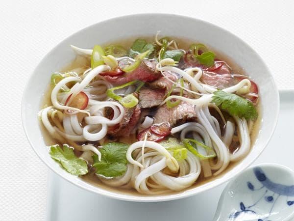 """10 món ăn Việt Nam được CNN giới thiệu là """"nhất định phải thử"""""""