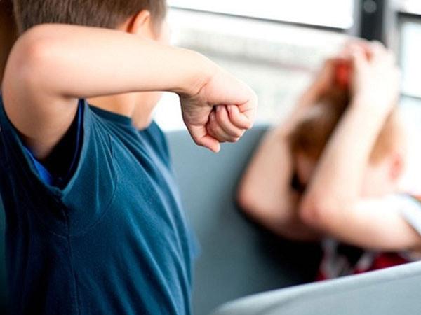 Dấu hiệu con bị bắt nạt ở trường và cách xử lý 2