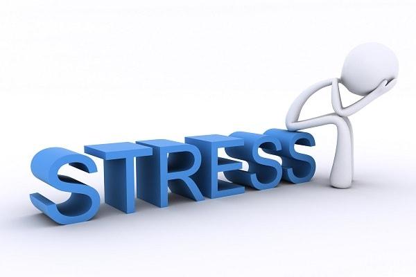Stress là nguyên nhân dẫn đến bệnh đãng trí ở dân văn phòng