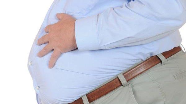 6 Mẹo hay khi lựa chọn và mix đồ cho nam giới bị béo bụng