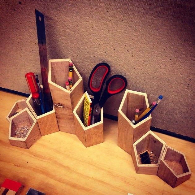 Người mệnh Hỏa nên chọn vật trang trí bằng gỗ