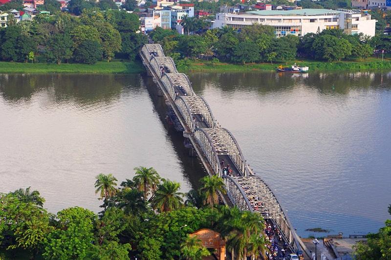 Cầu Tràng Tiền nhìn từ trên