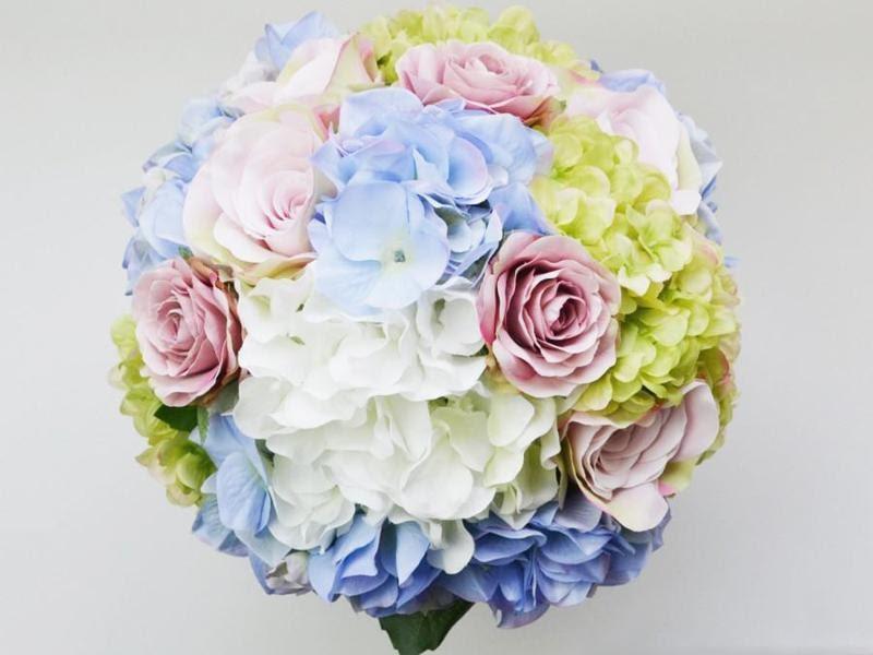 Hoa cưới bó từ hoa cẩm tú cầu